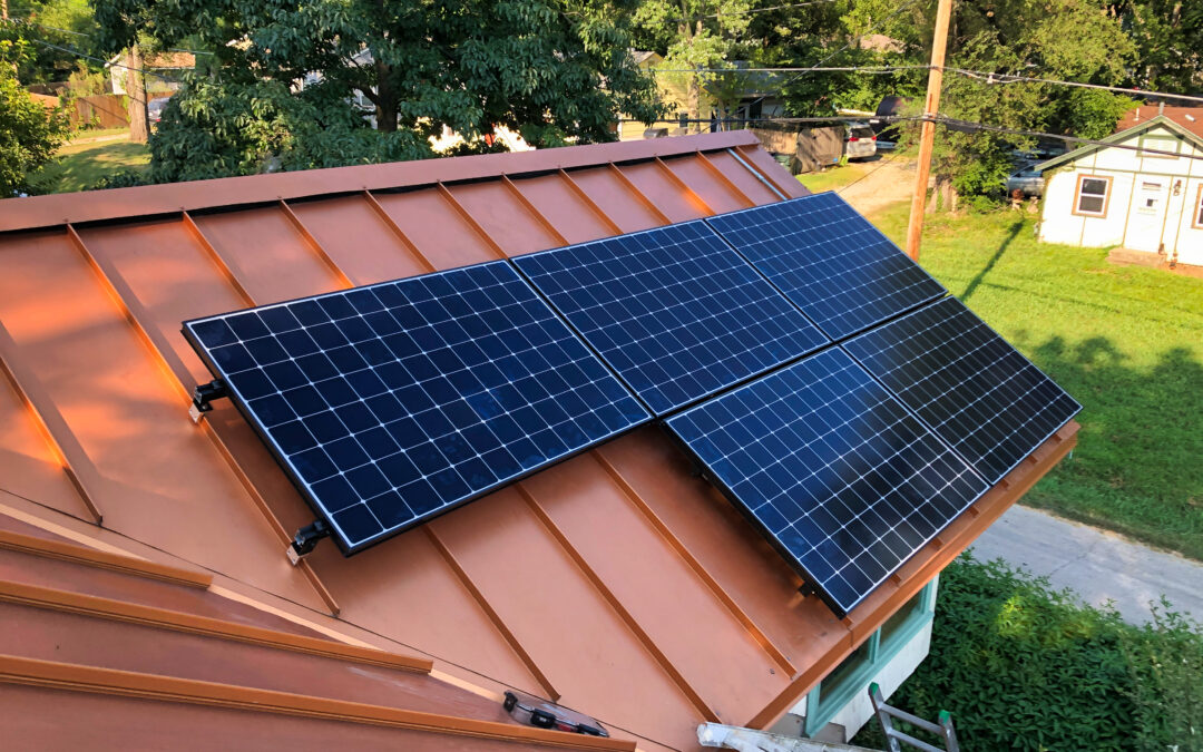 The Benefits of Installing Solar Panels on a Metal Roof